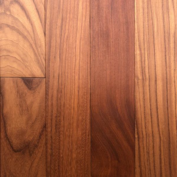 Jatoba - exotické masivní dřevo.